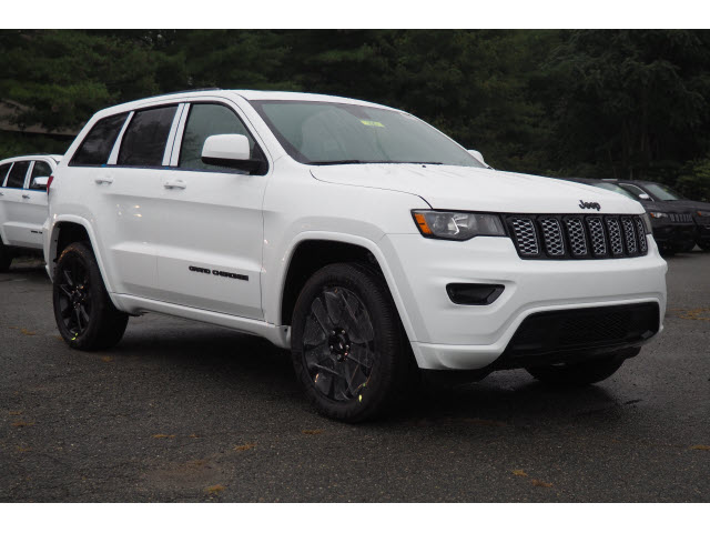 New 2019 Jeep Grand Cherokee Altitude Sport Utility In Norwood