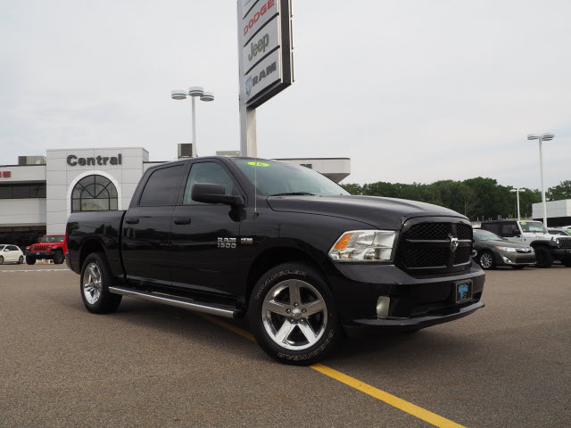 Pre-Owned 2016 RAM 1500 Base