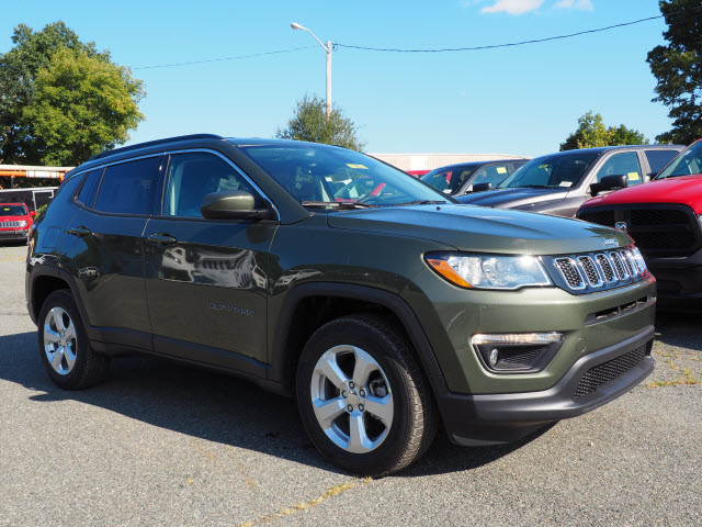New 2018 Jeep Compass Latitude Sport Utility in Norwood M180095